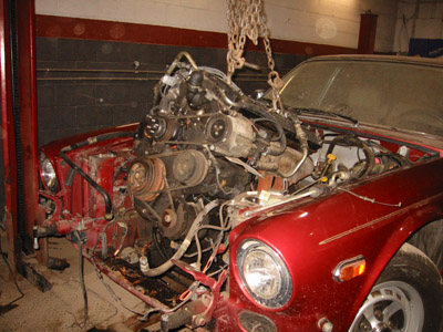 dave s jaguar xj6 ls1 swap this is partly because it looked like the engine had it s share of little oil leaks which coated most of the engine bay motor oil